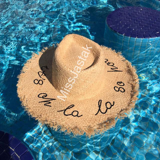 Sombrero Frase Bordada - Ver Todo-accesorios-mujer | Zara España