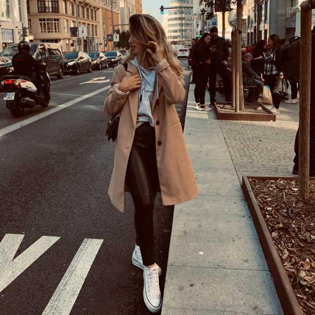 Look de @annaibz del 6 de Diciembre, de 2019 | 21 Buttons