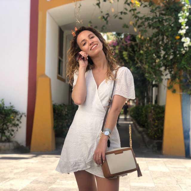 Look de @benditomaquillaje del 5 de Julio, de 2019 | 21 Buttons