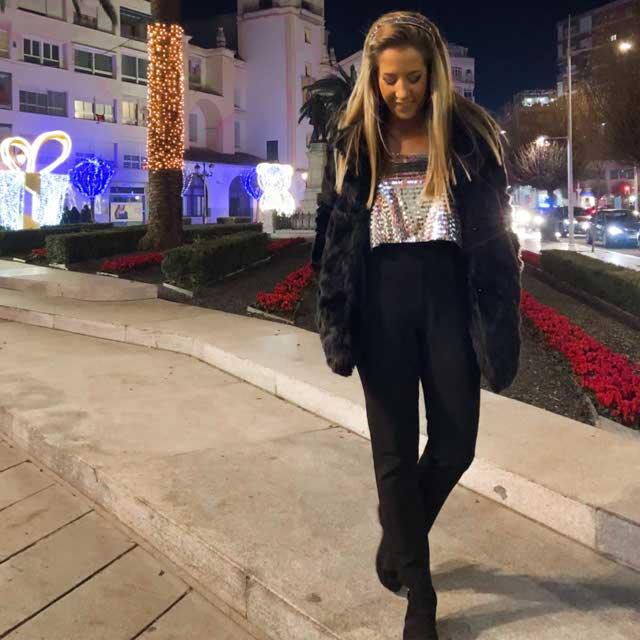 Look de @cristinagibe del 3 de Enero, de 2020 | 21 Buttons