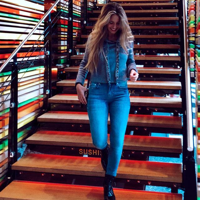 Look de @annaibz del 5 de Noviembre, de 2018 | 21 Buttons
