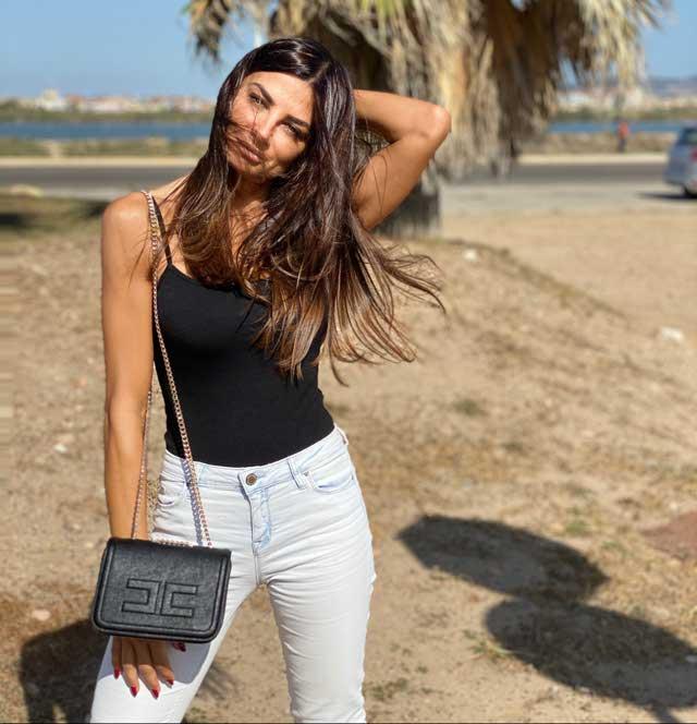 Look of @serena.enardu from 10 October, 2019 | 21 Buttons