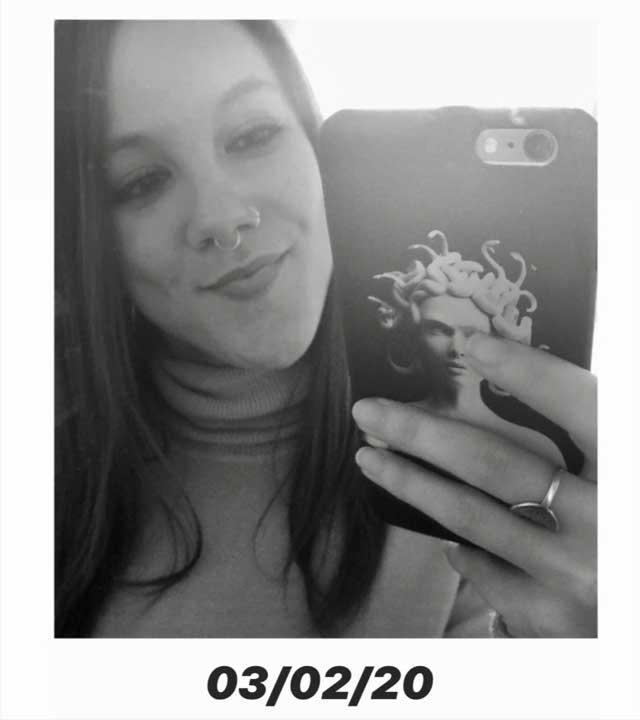 Look de @cristinadeandres del 7 de Febrero, de 2020 | 21 Buttons