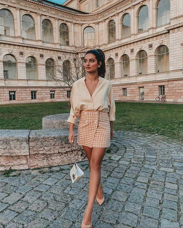 Look of @mernamariellaaa from 25 April, 2019   21 Buttons