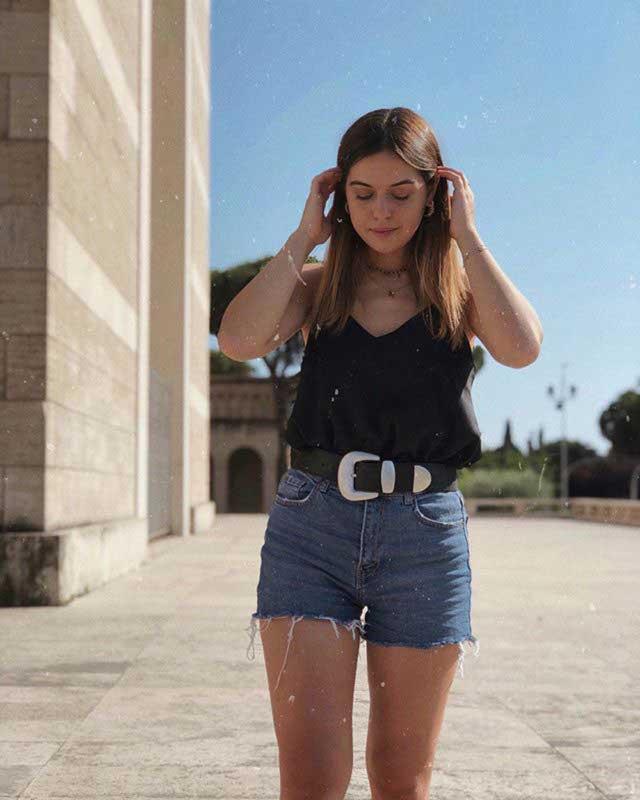 Look of @lucreziacandelori from 20 July, 2019 | 21 Buttons