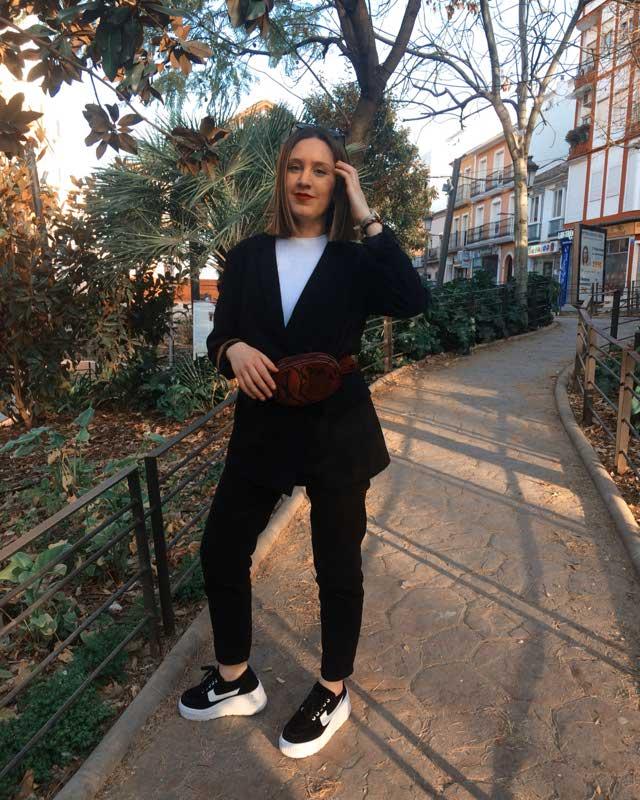 Look de @mariajolopez29 del 7 de Marzo, de 2019 | 21 Buttons
