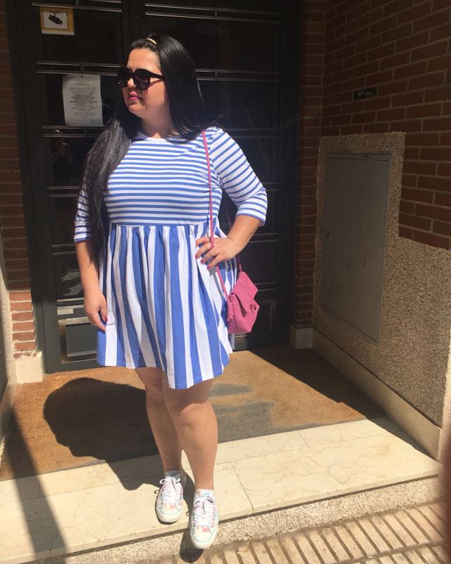 Look de @curvynil del 20 de Mayo, de 2018   21 Buttons