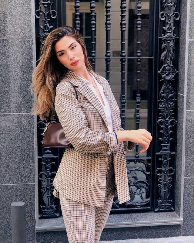 Look de @ainhoaportillo del 11 de Noviembre, de 2019 | 21 Buttons