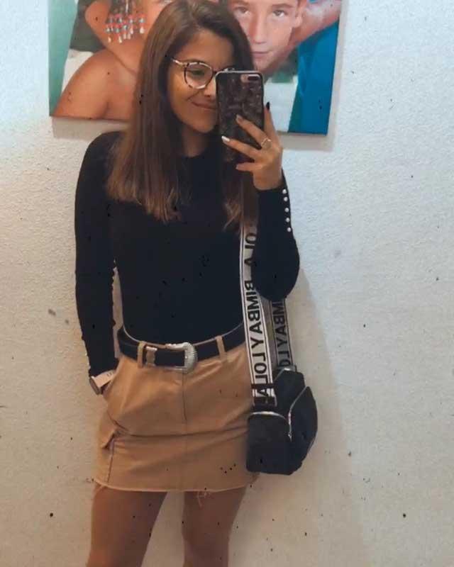 Look de @paulaguillen02 del 26 de Noviembre, de 2019 | 21 Buttons