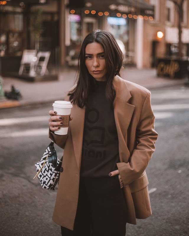 Look de @agostinasaracco del 7 de Febrero, de 2020 | 21 Buttons