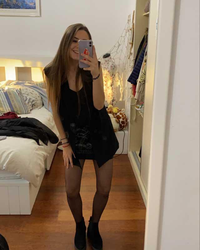 Look de @marinalosaa_ del 19 de Enero, de 2021 | 21 Buttons