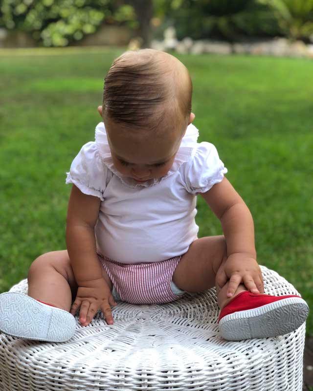 Look de @lalialaman del 15 de Julio, de 2019   21 Buttons