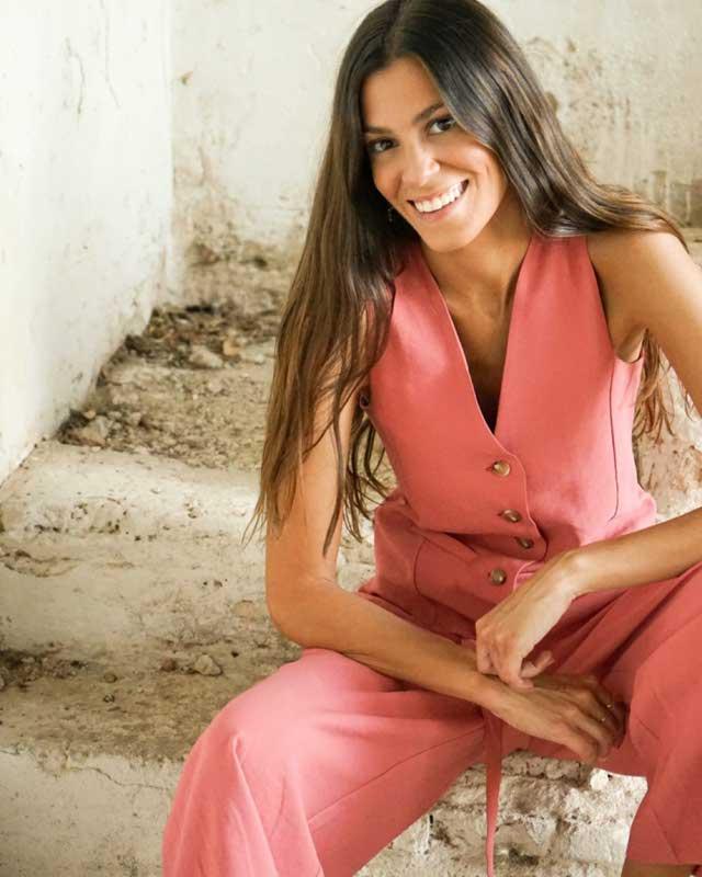 Lucía Páramo (@luciaparamo_)   Fotos y outfits en 21 Buttons