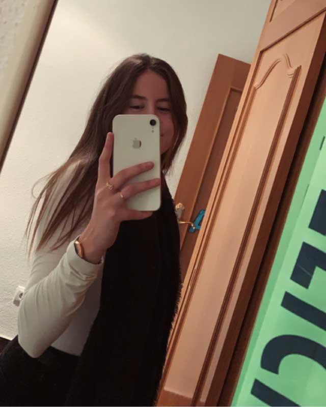 Look de @nereaniet del 25 de Noviembre, de 2019 | 21 Buttons
