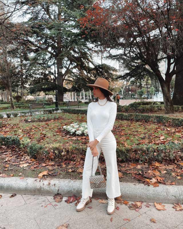 Look de @monica_huergo del 17 de Diciembre, de 2020   21 Buttons