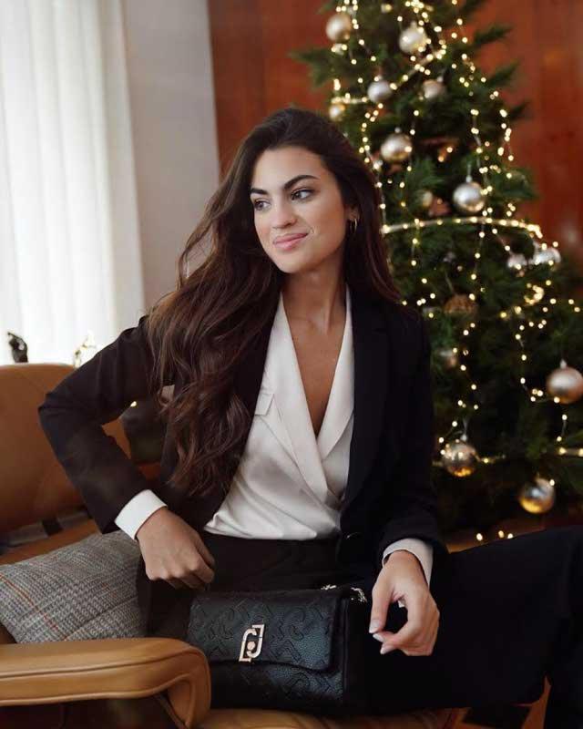 Look of @martalozanop from 24 December, 2020 | 21 Buttons